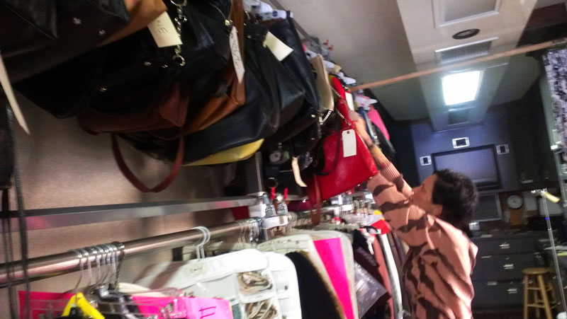 Shopping with my sister-in-law and Fashion Stylist Mandi Line